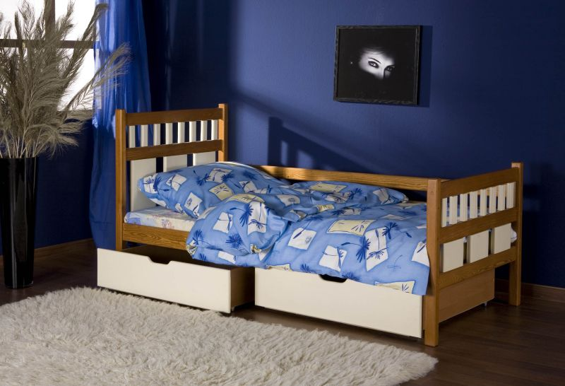 LUIZA tömör fa gyerekágy ágyneműtartóval